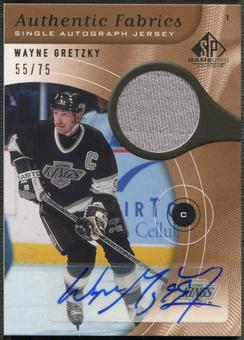 2005/06 SP Game Used #AAFWG Wayne Gretzky Authentic Fabrics Jersey Auto #55/75
