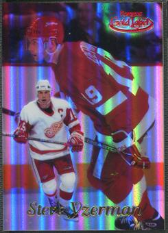1999/00 Topps Gold Label #4 Steve Yzerman Class 1 Red #008/100