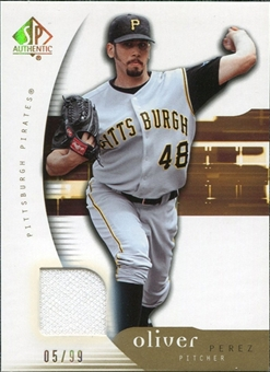 2005 Upper Deck SP Authentic Jersey Gold #74 Oliver Perez 5/99