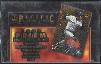 1997 Pacific Prism Invincible Spanish Baseball Box