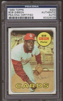 1969 Topps Bob Gibson #200 Autographed Card PSA Slabbed (5035)