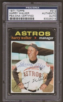 1971 Topps Harry Walker #312 Autographed Card PSA Slabbed (5014)