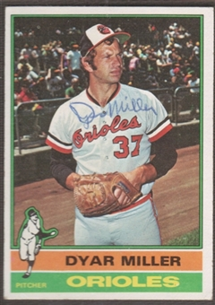 1976 Topps Baseball #555 Dyar Miller Signed in Person Auto