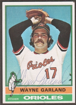 1976 Topps Baseball #414 Wayne Garland Signed in Person Auto