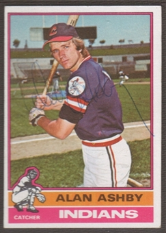 1976 Topps Baseball #209 Alan Ashby Signed in Person Auto
