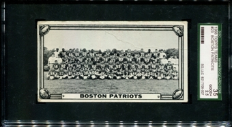 1968 Topps Football Teams #23 Boston Patriots SGC 35 (GOOD+ 2.5) *6007
