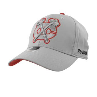 Chicago Blackhawks Reebok Gray Face Off Structured Flex Fit Hat (Adult L/XL)