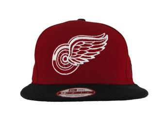 Detroit Red Wings New Era 9Fifty Basic Red Flat Brim Snapback Hat (Adult One Size)