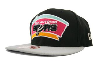 San Antonio Spurs New Era 9Fifty Black Hardwood Classics Flat Brim Snapback Hat (Adult One Size)