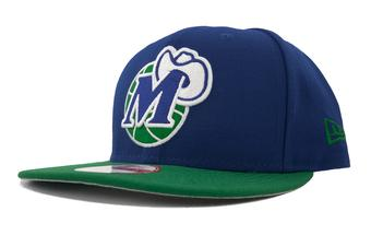 Dallas Mavericks New Era 9Fifty Blue Hardwood Classics Flat Brim Snapback Hat (Adult OSFA)