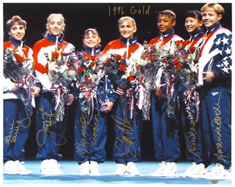 1996 USA Womens Gold Metal Olympic Gymnastics Team Signed 16X20 Photo (Leaf COA)
