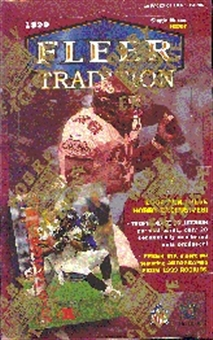 1999 Fleer Tradition Football Hobby Box