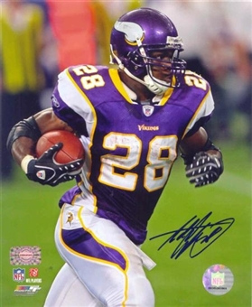 Adrian Peterson Autographed Minnesota Vikings 8x10 Photo
