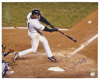 Bernie Williams Autographed New York Yankees Batting 16x20 Photo (Leaf)