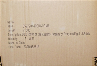 Dungeons & Dragons Miniatures Icons of the Realms: Tyranny of Dragons Booster Case (32 Ct.)