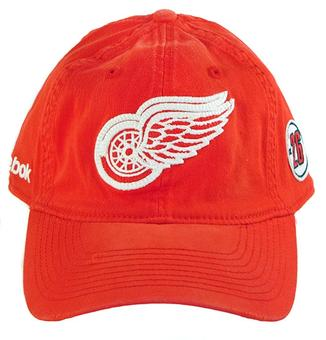 Detroit Red Wings Reebok Est. 1926 Slouch Flex Fit Hat (Size L/XL)