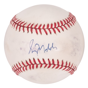 Greg Maddux Autographed Atlanta Braves 1995 World Series Baseball (Press Pass) GD