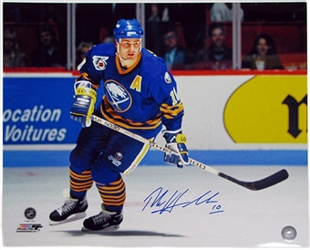 Dale Hawerchuk Autographed Buffalo Sabres 16x20 Hockey Photo