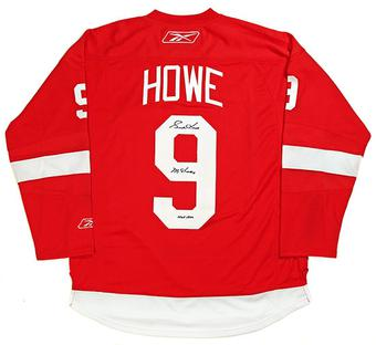 Gordie Howe Autographed Red Detroit Red Wings Jersey  (DACW COA)