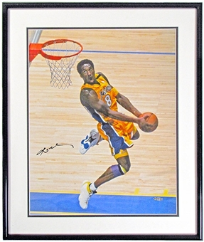 Kobe Bryant Autographed & Framed L.A. Lakers 16x20 Photo (UDA)