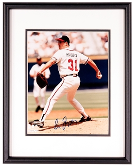 Greg Maddux Autographed Atlanta Braves Framed and Matted 8x10 Photo (Stacks of Plaques)