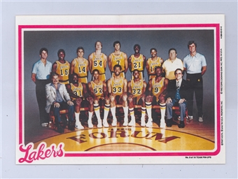 1980/81 Topps Basketball Los Angeles Lakers Pin-Up #8 (Magic Johnson Rookie!)