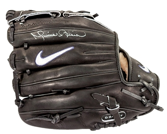 Mariano Rivera Autographed New York Yankees Game Model Nike Glove (Steiner)