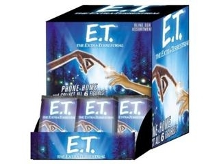 E.T.: The Extra-terrestrial Collectible Figurines 24-Pack Booster Box