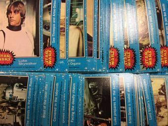 1977 Topps Star Wars Series 1 (Blue) Complete Trading Card Set