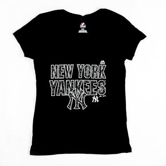New York Yankees Majestic Black The Real Thing V-Neck Tee Shirt (Womens L)