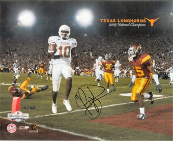 Vince Young Autographed Texas Longhorns 2005 Rose Bowl 8x10 Photo (Press Pass)