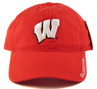 Wisconsin Badgers Outdoor Cap Adjustable Slouch Hat (Adult One Size Fits Most)