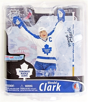 Wendel Clark Toronto Maple Leafs NHL McFarlane Series 28 Figure (White)